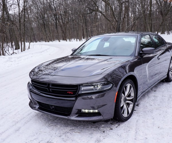 2015_dodge_charger_rt_road_track_16