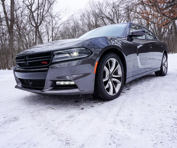 2015_dodge_charger_rt_road_track_19