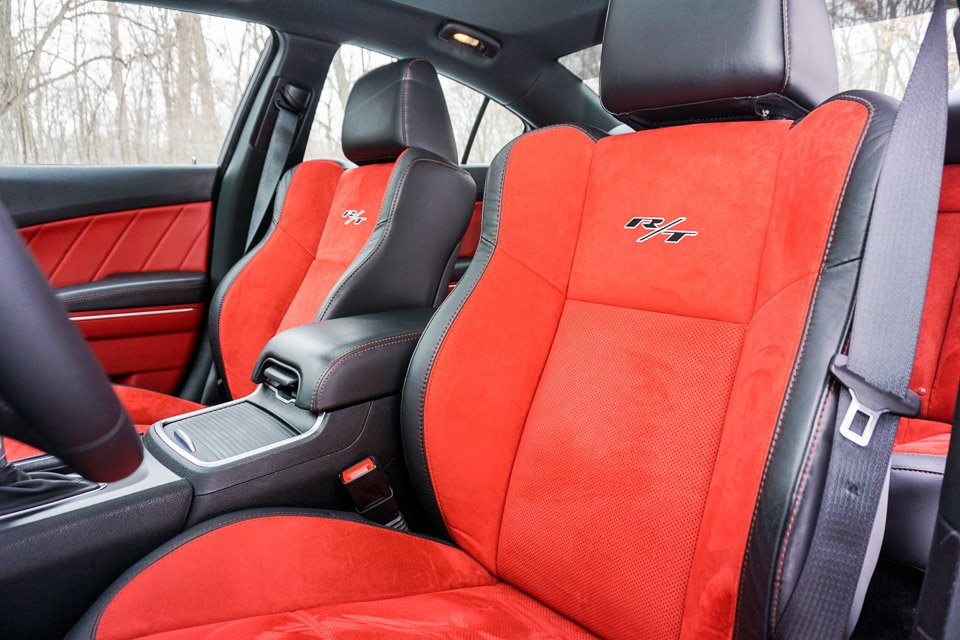 review 2015 dodge charger r t road track 95 octane. Black Bedroom Furniture Sets. Home Design Ideas