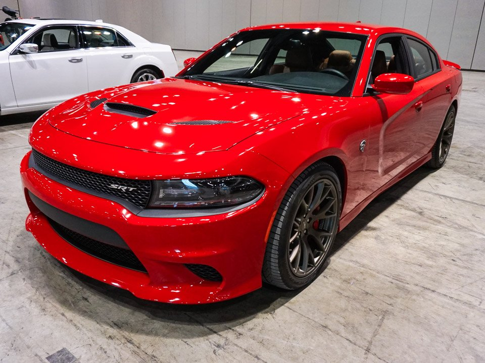 Photo Gallery: 2015 Dodge Charger SRT Hellcat