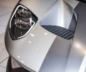 2016_ford_gt_silver_17