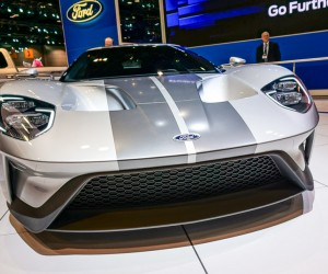 2016_ford_gt_silver_4