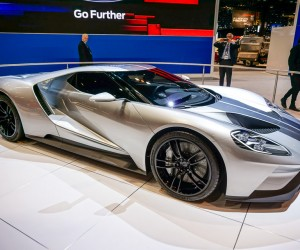 2016_ford_gt_silver_9