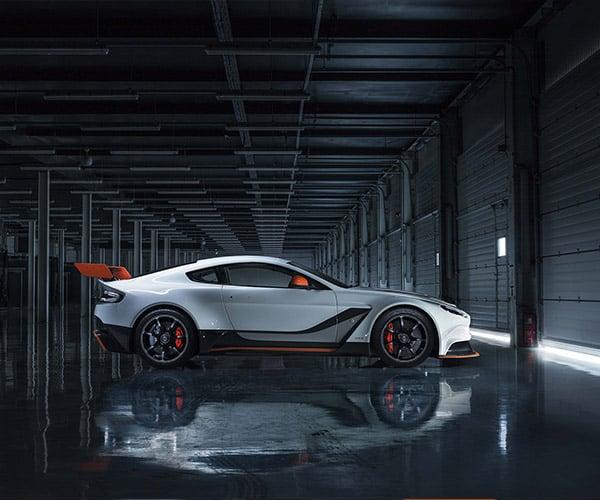 Aston Martin Unveils Race-Inspired Vantage GT3