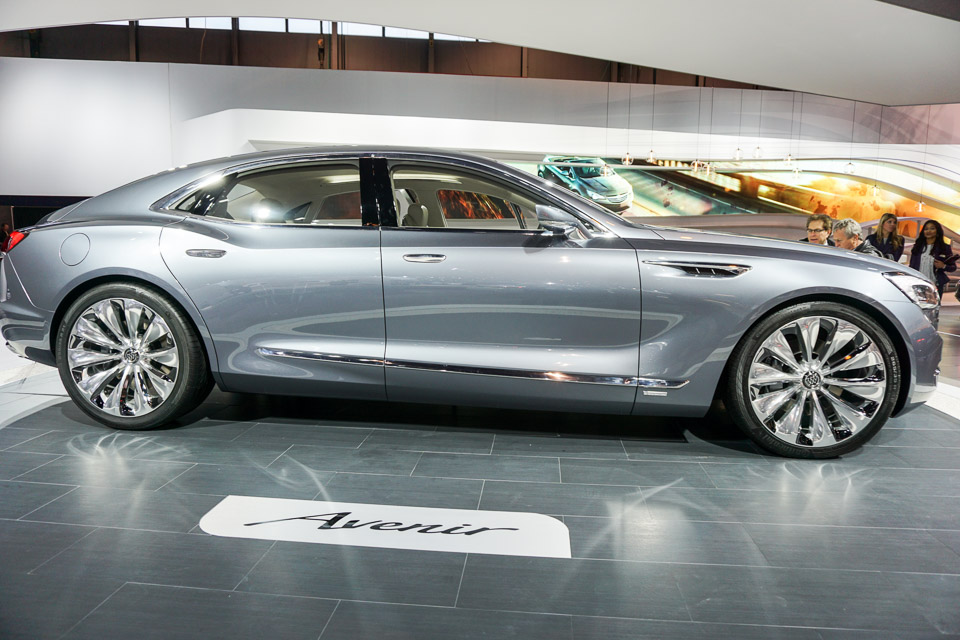Inside the Buick Avenir Concept