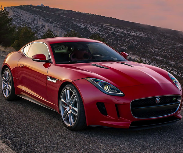 Tooling Around SoCal's Canyons in an F-Type R