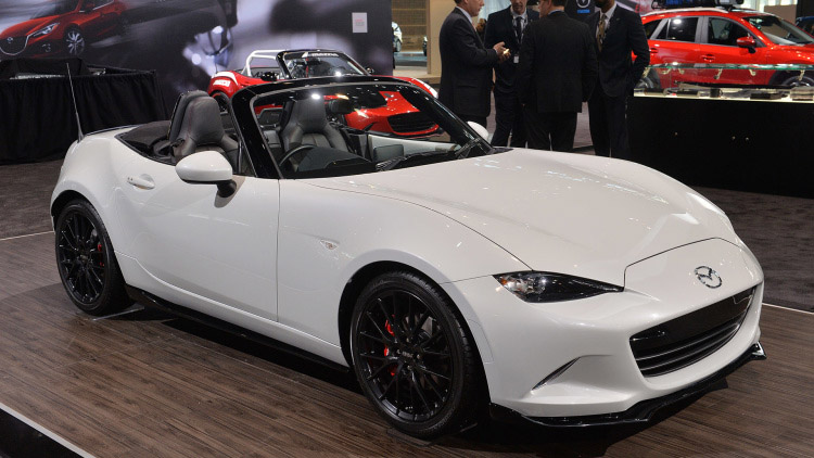 Mazda Shows 2016 MX-5 with All the Accessories