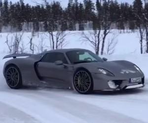 Porsche 918 Spyder Drifting Through the Snow