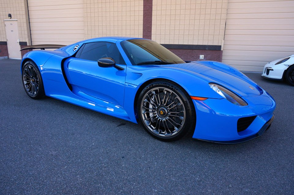 "Beautiful ""Voodoo Blue"" Porsche 918 Spyder for Sale"