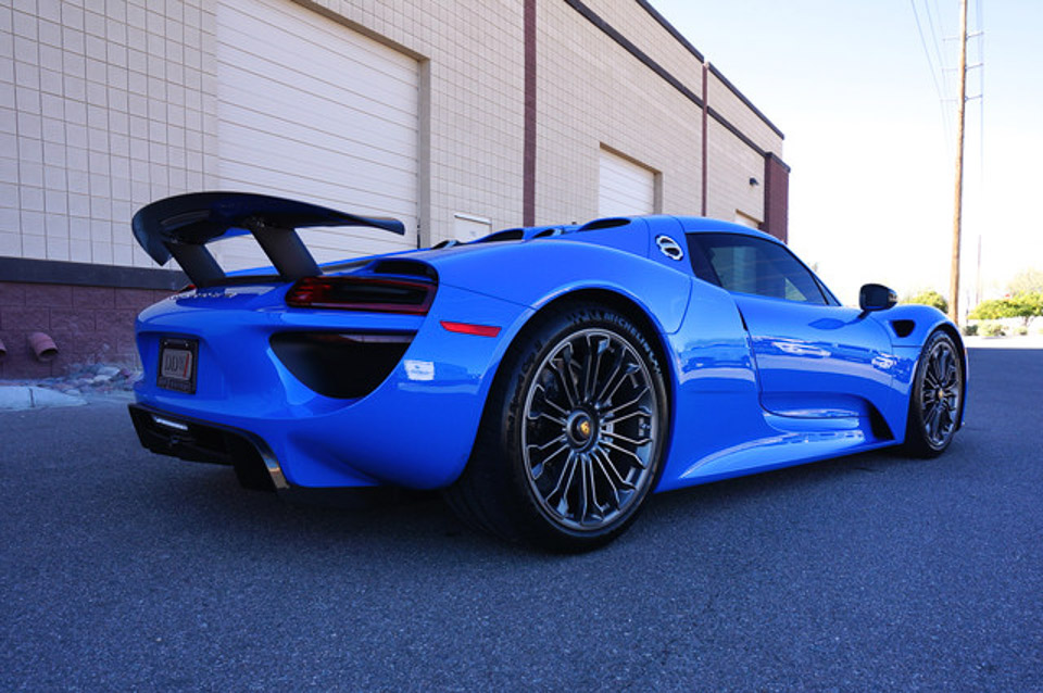 beautiful voodoo blue porsche 918 spyder for sale. Black Bedroom Furniture Sets. Home Design Ideas
