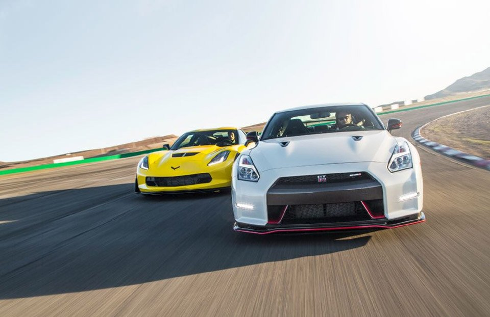 Motor Trend Pits Corvette Z06 Against 2015 Nissan GT-R Nismo