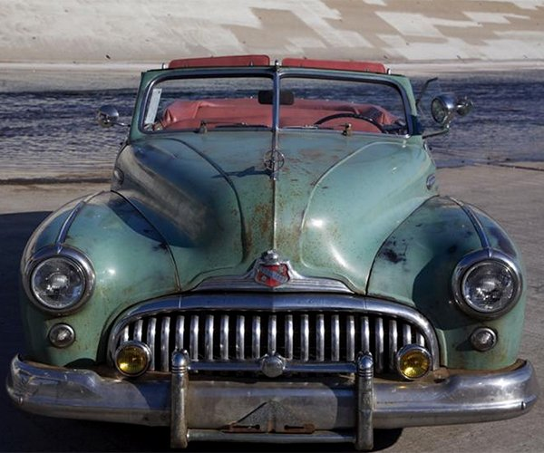 Leno Falls For a 700 HP 1948 Buick Super Convertible