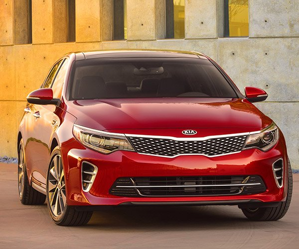 Kia Teases 2016 Optima Ahead of NYIAS