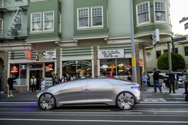 mercedes_benz_f_015_luxury_in_motion_demo_san_francisco_3