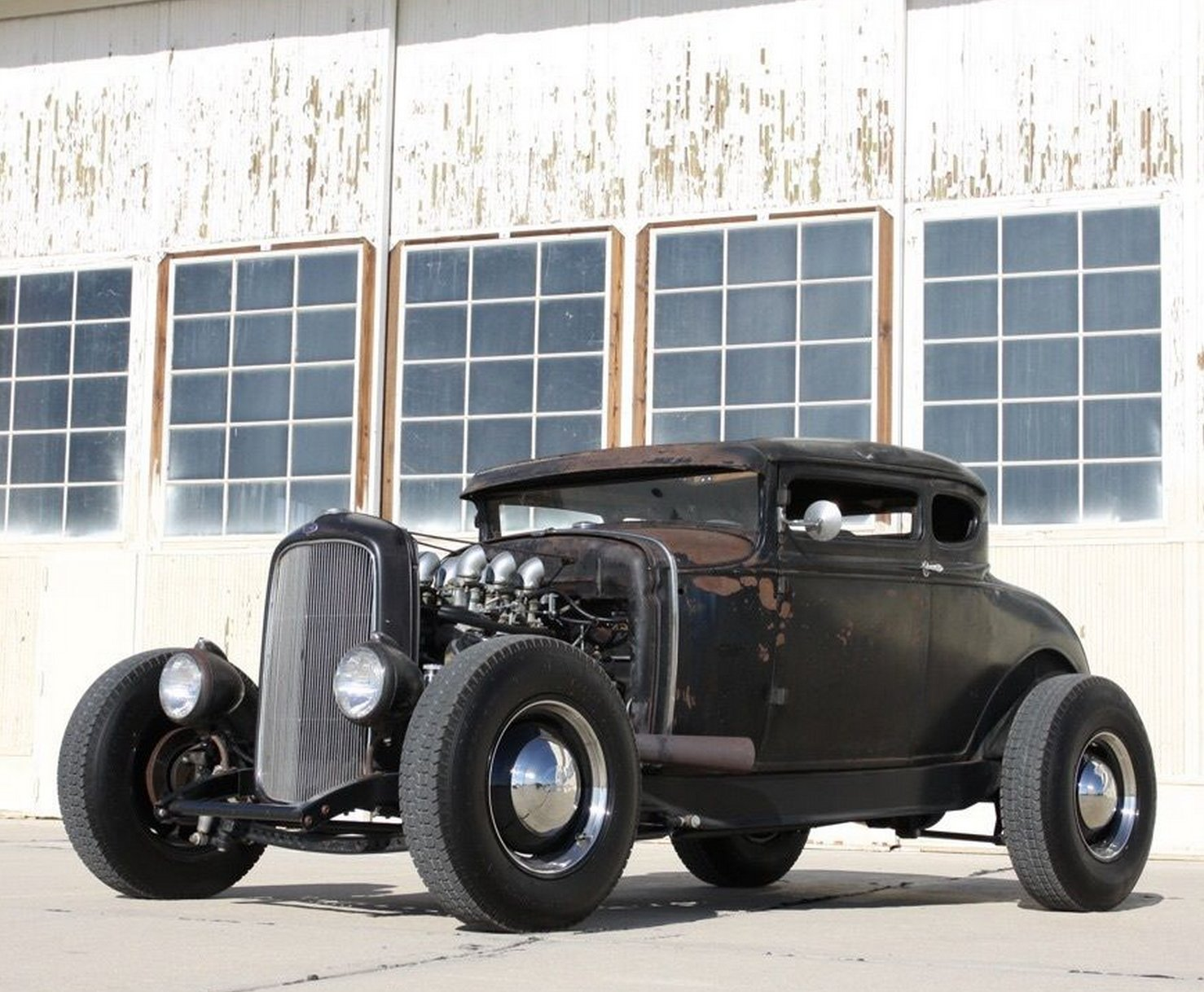 Get a 1930 Ford Model A That's Packing a '54 Hemi
