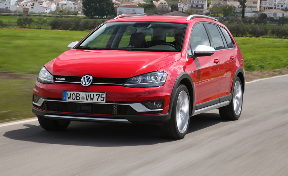 2017 vw golf sportwagen alltrack gets driven 95 octane. Black Bedroom Furniture Sets. Home Design Ideas