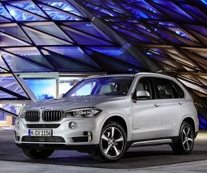 BMW Exec Says All New Models to Offer Plug-in Hybrid