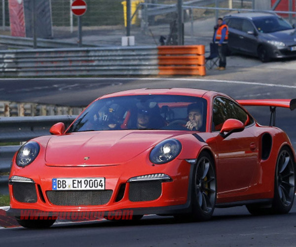 Mark Webber Flogs New 911 GT3 RS on The Ring