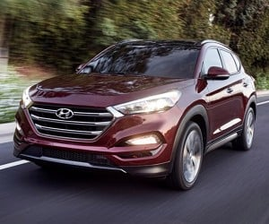 Hyundai Rolls out New 2016 Tucson in New York