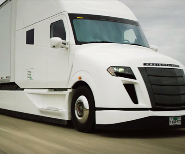 Freightliner SuperTruck Gets 12.2 mpg with a Full Load