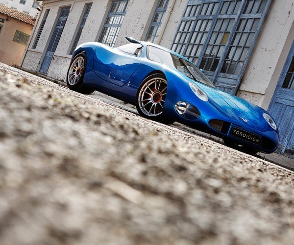 toroidion_1mw_concept_electric_supercar_12
