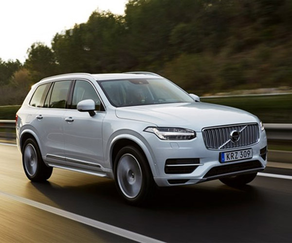 Volvo XC90 T8 Twin Engine Plug-in Hybrid Debuts