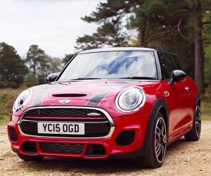The Latest Mini JCW Does John Cooper Proud