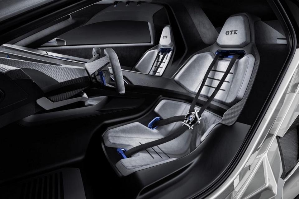 vw golf gte sport the hot hatch of the future 95 octane. Black Bedroom Furniture Sets. Home Design Ideas