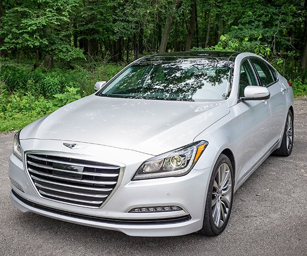 Review: 2015 Hyundai Genesis 5.0 RWD