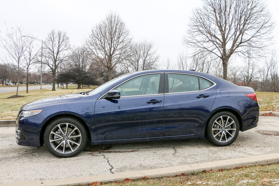 review 2015 acura tlx 3 5l sh awd the thrill of driving. Black Bedroom Furniture Sets. Home Design Ideas