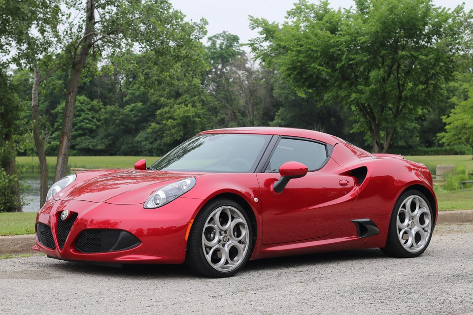 Review: 2015 Alfa Romeo 4C Coupe - 95 Octane