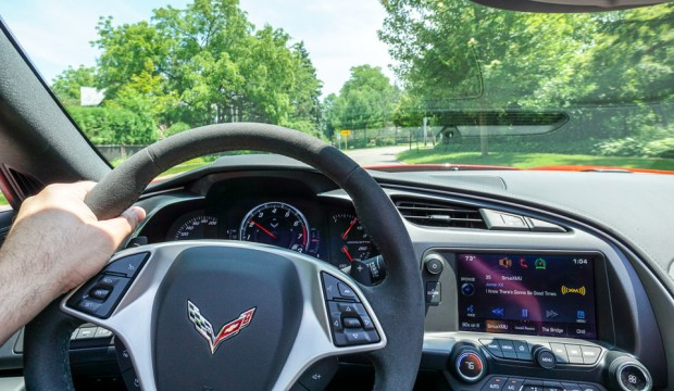 2015_chevy_corvette_stingray_17