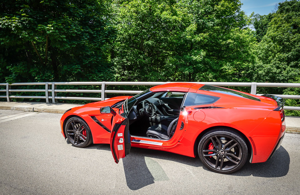 review 2015 chevrolet corvette stingray z51. Black Bedroom Furniture Sets. Home Design Ideas