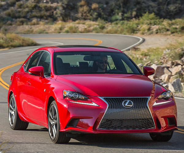 2016 Lexus IS 200t to Get a 2.0L Turbo