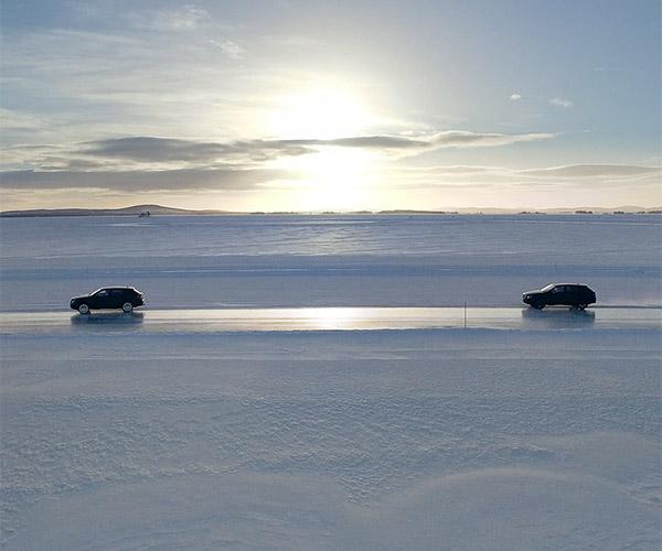 Bentley Bentayga SUVs Frolic in the Snow and Ice