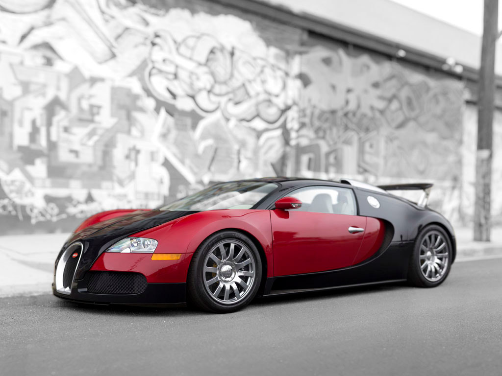 Bugatti Veyron #1 Headed to Auction