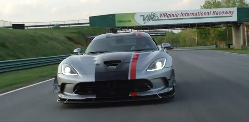 2016 Dodge Viper ACR is the Trackiest Track Beast
