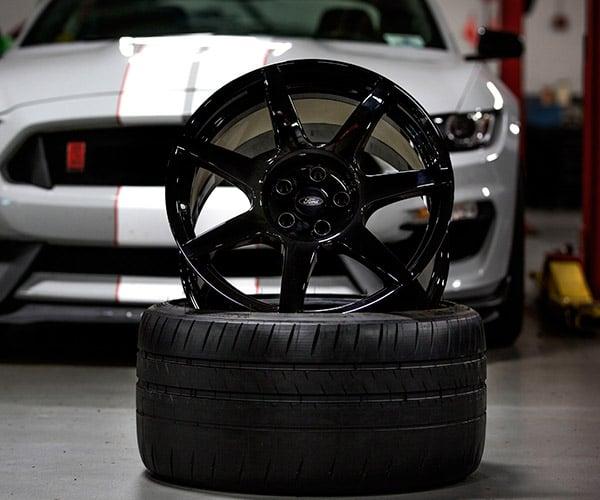Ford Talks Shelby GT350R Carbon Fiber Wheels