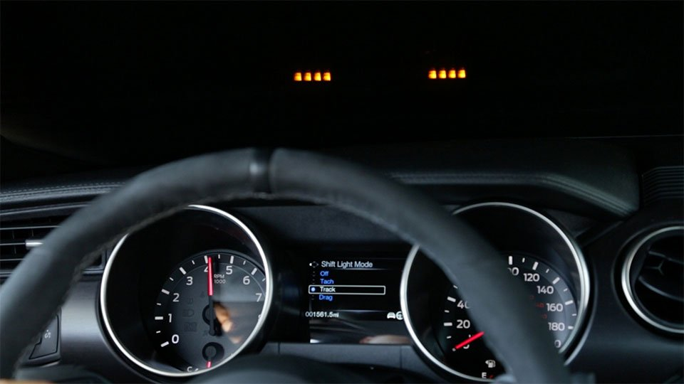 Shelby GT350 Gets an Awesome HUD Shift Light