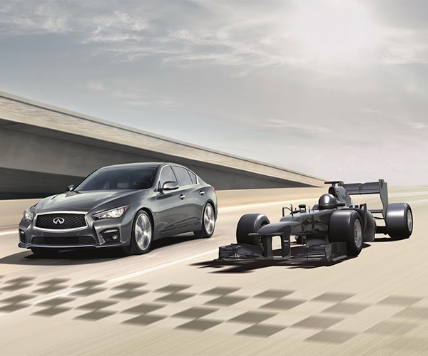 "Infiniti Offers Chance to ""Test Drive"" an F1 Car"