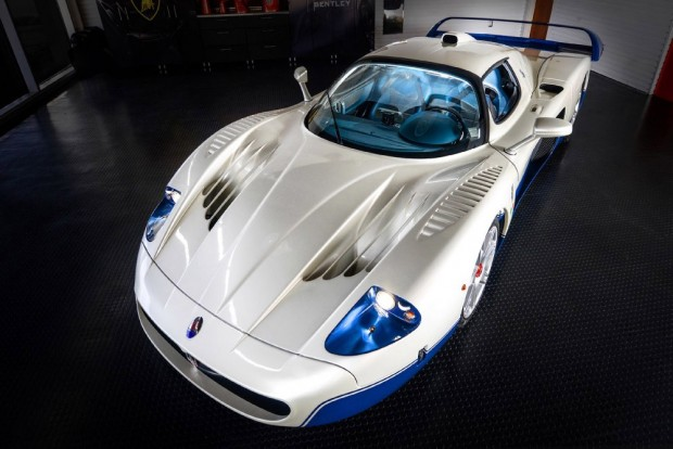 maserati_mc_12_blue_white_2