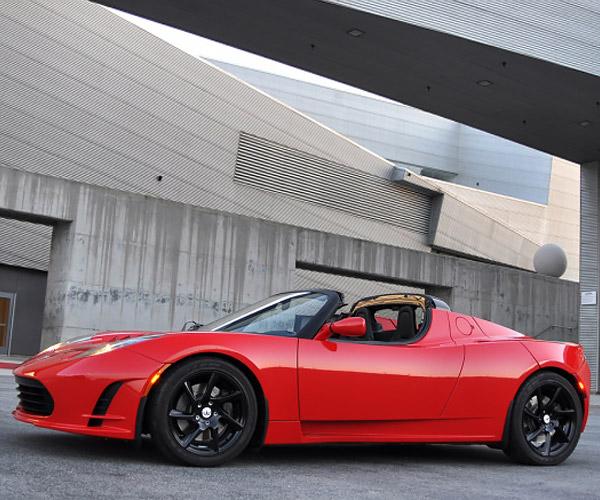 Next-Gen Tesla Roadster Four Years Away, Goes Plaid