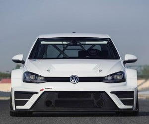 VW Golf 330 PS is a Concept Car for the Race Track