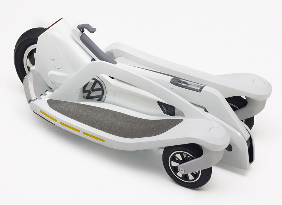 "VW Electric ""Scooter"" is Cool and Compact"