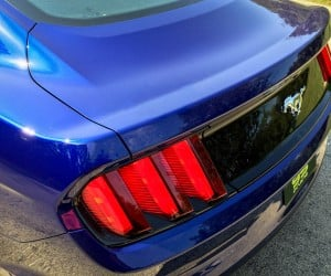 2015_ford_mustang_ecoboost_blue_manual_6