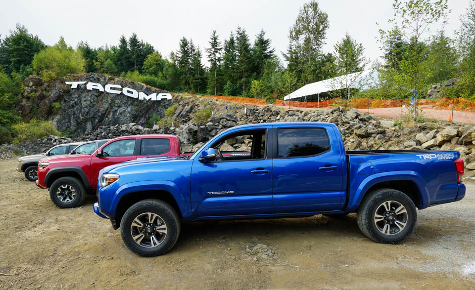 first drive review 2016 toyota tacoma trd. Black Bedroom Furniture Sets. Home Design Ideas