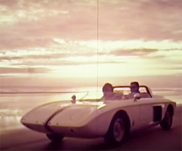 Ford-Mustang-I-Concept-Promotional-Film_1