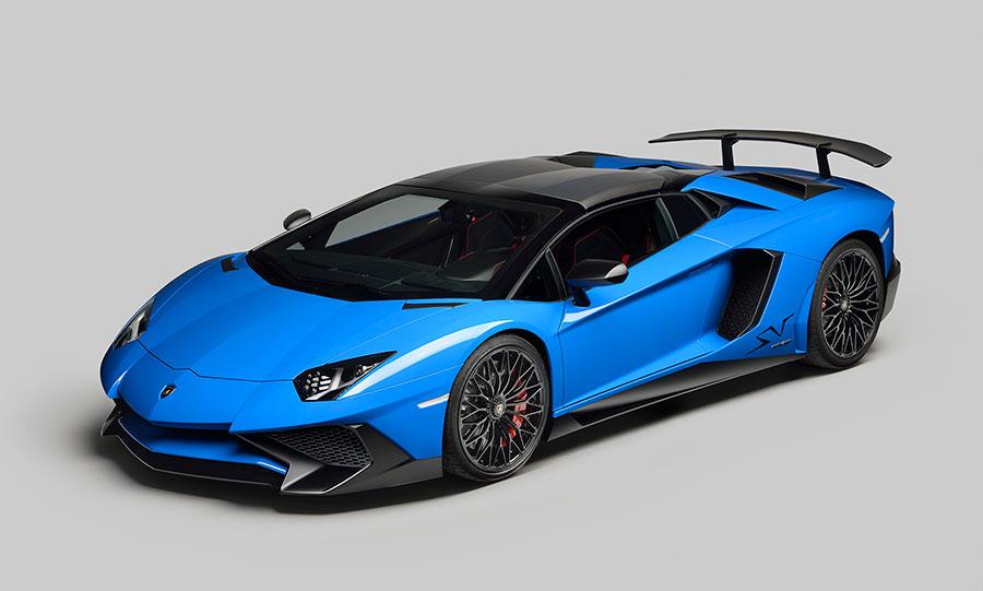 Lamborghini Aventador Superveloce: 217 mph Roadster