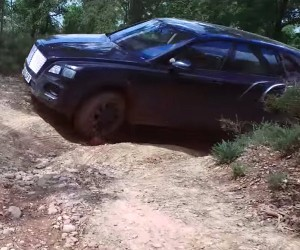 Bentley Bentayga SUV Goes Off-Road, Looks at Home