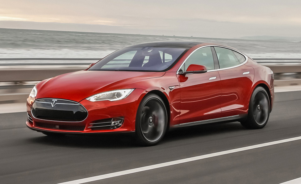 Tesla Tells Model S Owners to Reduce Supercharger Use